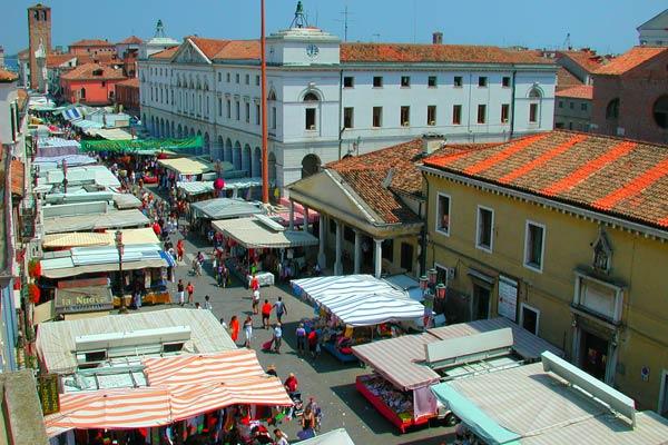 Mercato settimanale a Chioggia