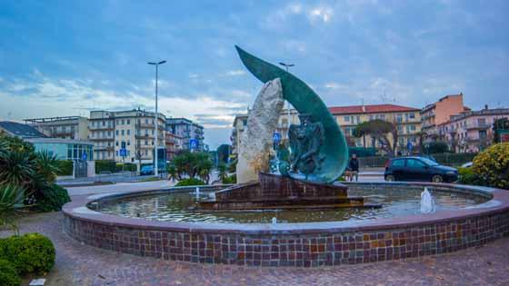 monumento_lagunari_chioggia_sottomarina
