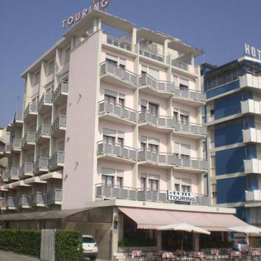 hoteltouring1